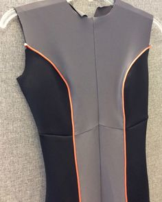 M7217 sewalong: how to make stretch piping for your bodysuit