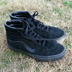 OFFER SALE Sk-8 hi black suede Vans Perfect condition sk8 hi vans.  Size Women's 6, men's 4.5 Vans Shoes