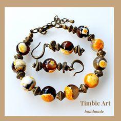 Agate Jewelry, Gemstone Earrings, Drop Earrings, Painting Of Girl, Gemstones, Unique, Ear Studs, Bangles, Gems