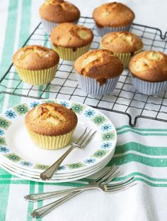Gluten-free apple, almond & cardamom cupcakes Easy to make, but super impressive