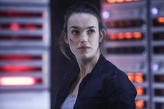 Elizabeth Henstridge stars as Jemma Simmons in Marvel's Agents of S. Agents Of Shield Seasons, Marvels Agents Of Shield, Elizabeth Henstridge, Marvel Comic Universe, Marvel Comics, Comics Universe, Fitz And Simmons, Sci Fi Tv Shows, Marvel Films