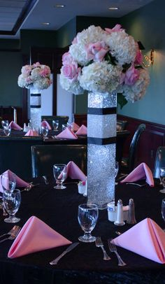 Elaborate birthday decor by Crossroads Florist, Mahwah NJ -- Click to see more flower photos -->