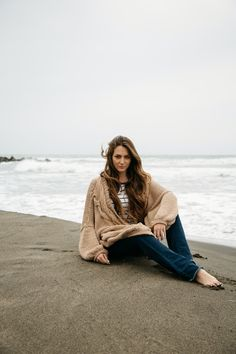 The real cardigan | get yours on wanderlustfactory.com  stripes beach winter sea ootd inspiration fashion basic easy outfit flared jeans long hair bronde blonde brunette messy beach waves grey shades maxi cardigan cozy cotton shooting model italian girl fashion blogger gypsy boho bohemian gypset barefoot