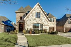check out this home listed from 225 000 350 000 in a great rh ar pinterest com
