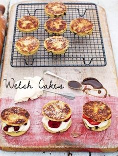 Betcha-can't-eat-just-one Welsh cakes. | 23 Classic British Dishes To Keep You Warm Through The Long, Dark Winter
