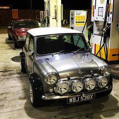 Mini Cooper S, Mini Cooper Classic, Classic Mini, Classic Cars, Auto Retro, Retro Cars, Vintage Cars, Mini Morris, Mini Trucks