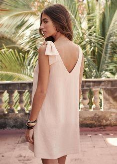 c90b3af3cf6 Robe demoiselle d honneur pour un mariage bohème chic ou romantique Robe  courte sans manches