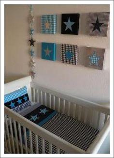 6 luik schilderij met ruitjes stof en ster. Leuk voor op een jongens babykamer. Super stoer.