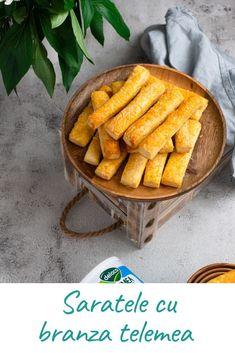 Sărățele cu brânză telemea, rapide si tare bune pentru mic dejun sau o gustare. Carrots, Vegetables, Desserts, Food, Tailgate Desserts, Deserts, Essen, Carrot, Vegetable Recipes