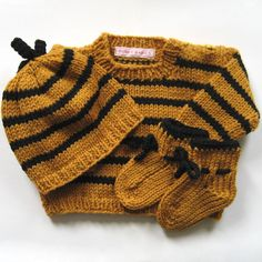 Bumble Bee Baby Knit Sweater Set -  Merino Wool - Baby Shower Gift.
