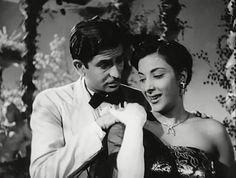 Classic Bollywood - Awaara