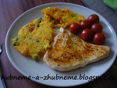 Dobroty od Adele :): Zeleninová polenta s kuřecím plátkem kcal) Polenta, Menu, Eggs, Chicken, Fitness, Adele, Breakfast, Recipes, Food