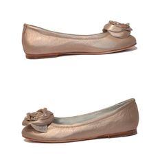 Miss Blumarene children shoes Art. 9025  Size 33, 34 www.fiera-italia.com.    Praha, Vaclavske namesti 28.    Pasáž U STÝBLU.   Fiera Italia.    Shoes boutique. Italian Shoes, Shoe Boutique, Shoe Art, Flats, Children, Fashion, Loafers & Slip Ons, Young Children, Moda