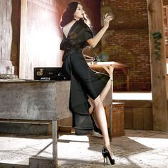 pin tuck Elegance Blouse  black blouse luxury blouse dint 딘트