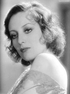 Joan Crawford in Our Blushing Brides, 1930