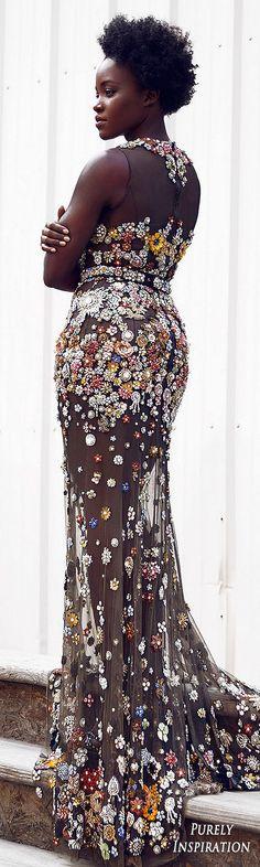Lupita Nyong'o Fashion Icon in Alexander McQueen