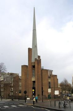 St Saviour's Church, Warwick Avenue, London