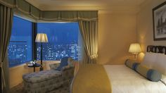 Executive+Suite+(Bedroom) The St. Regis Osaka - St.Regis Terrace - Japan & Luxury Travel Advisor – luxurytraveltojapan.com - #Luxuryhotels #Osaka #Japan #Japantravel #ritzcarltonosaka
