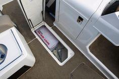 Bayliner - Element XR7 - #embarcaciones #fibra #lanchas #motoras #yates #fuerabordas #intrabordas #barcos # cruceros #Boats #Runabouts #centerconsoles #deckboats #overnighters #cruising http://jaloque.com/
