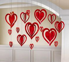 Valentine's Day Heart Decoration Kit This pack of foil hanging heart decorations includes 16 hearts, in assorted colours of pink, red and purple and assorted size's of and Lovely decorations to surround your room with love! San Valentin Ideas, Saint Valentin Diy, Valentinstag Party, Diy Valentine's Day Decorations, Valentines Day Decorations, Hanging Decorations, Valentines Day Hearts, Valentine Day Crafts, Thema Deco