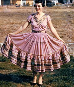 squaw dress | ... Vintage Homemaker: The Squaw Dress, Part 1: Its All About the Dress