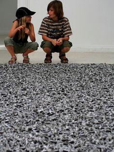 Felix Gonzalez-Torres Felix Gonzalez Torres, Attachment Parenting, Installation Art, Contemporary Artists, Art Images, Art History, Art Inspo, School Ideas, Spirit