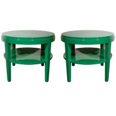 Pair of Classic Round Side Tables in Rich Green Lacquer thumbnail 1