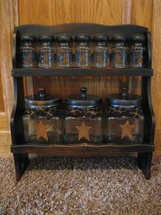 I see these old wooden spice racks at my local junk store all the time may have to get one and make it PRIM!!!!!