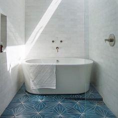 Beautiful bathroom at LA Cliffside Home via Remodelista #homedecor #design #minimalistdesign #homestyling #decoration #decor #bathroom #cementtiles #marbletiles #marble #tiles #remodelista #minimalist #minimalistdesign