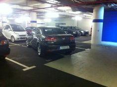Ein Auto, 2,5 Parkplätze
