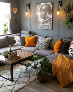 7 prachtige kleurencombinaties in huis 7 beautiful color combinations at home - Everything to make y Living Room Orange, Living Room Grey, Living Room Interior, Home Living Room, Apartment Living, Living Room Designs, Interior Livingroom, Living Room Color Schemes, Living Room Colors