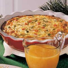breakfast frittata http://www.thefreshmarket.com/recipes/details/best-breakfast-fritatta/#.UYakWCuf7mo (picture is of Christmas Morning Frittata from Taste of Home Recipes)