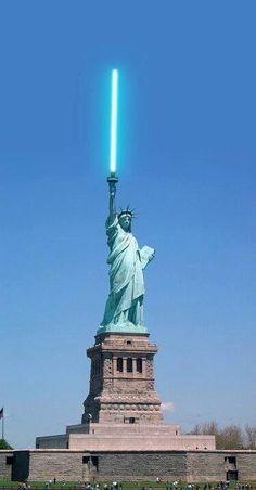 Star Wars Jedi Statue of Liberty