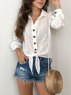 Casual Winter Outfits, Trendy Outfits, Denim Fashion, Fashion Outfits, Estilo Jeans, Womens Fashion For Work, Blouse Styles, Ideias Fashion, Shorts