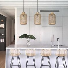 🙌 Design By ~ featuring gorgeo… Love love love this kitchen! 🙌 Design By ~ featuring gorgeous 'Lili Pendants' from Uniqwa Collections and bar stools by The Family Love Tree Interior Design Kitchen, Interior Design Living Room, Interior Decorating, Boho Kitchen, Kitchen Decor, Rattan Bar Stools, Bar Chairs, Kitchen Pendants, Cuisines Design