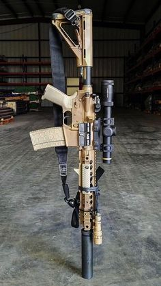 🔫 Rate it from 1 to Recognize the weapon - write in comments! Airsoft Guns, Weapons Guns, Guns And Ammo, Tactical Rifles, Firearms, Shotguns, Tactical Survival, Armas Airsoft, Ar Rifle