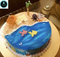 Beach theme cake Friends Birthday Cake, Cake Birthday, Beach Themed Cakes, Beach Themes, Icing, Candy, Desserts, Sweet, Tailgate Desserts