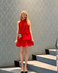 South Korean Girls, Korean Girl Groups, Baby Animals Super Cute, Asian Beauty, Style Icons, Korean Fashion, Strapless Dress, Girly, Photoshoot