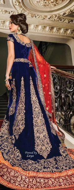 Top 10 most beautiful Wedding Dresses for India Bride Pakistani Outfits, Indian Outfits, India Fashion, Asian Fashion, Hindu Girl, Bridal Outfits, Bridal Dresses, Moda Indiana, Most Beautiful Wedding Dresses