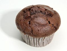 Easy, delicious and healthy Chocolate Protein Muffins recipe from SparkRecipes. See our top-rated recipes for Chocolate Protein Muffins. Protein Cookies, Chocolate Protein Muffins, Chocolate Protein Powder, Healthy Chocolate, Chocolate Peanut Butter, Chocolate Recipes, Protein Cupcakes, Protein Oatmeal, High Protein Snacks
