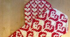 Nämä lapaset ovat olleet tehtävälistallani jo vaikka kuinka kauan. Vihdoin sain nämä aikaiseksi. Ohje löytyy täältä . Lankana Novitan 7ve... Mittens, Elsa, Projects To Try, Knitting, Tricot, Cast On Knitting, Gloves, Knitting And Crocheting, Crocheting