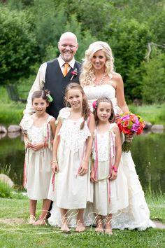 Family photo, wedding #renditionstudios, #renditionstudiosweddings, #familyportraits