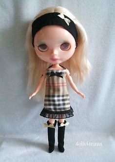 *LONDON* Burberry type fashion for Blythe dolls (and clones): HEADBAND, DRESS and SOCK-BOOTS.$16.00 - by DOLLS4EMMA