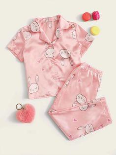 Toddler Girls Rabbit Print PJ Set | SHEIN USA Cute Pajama Sets, Cute Pjs, Cute Pajamas, Dresses Kids Girl, Girls Pajamas, Kids Outfits, Toddler Pajamas, Baby Girl Pajamas, Cute Sleepwear