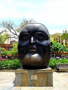 Open air museum, Medellín! – QUO VADO ?! Buddha, Statue, Superhero, Fictional Characters, Fernando Botero, Urban Art, Monuments, Museum, Colombia