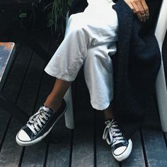 5 Spicy Converse Outfit Idea   Selectd.co  Black Converse  All Star http://bit.ly/cnverse