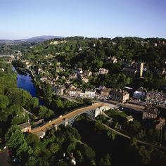 The Iron Bridge & Tollhouse – The Ironbridge Gorge Museums Ironbridge Gorge Museum, The Iron Bridge, Severn Valley, Toll House, English Heritage, Industrial Revolution, Weekend Trips, Paris Skyline, Dolores Park