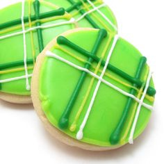 plaid cookies for St. Patrick's Day | The Decorated Cookie Repinned By:#TheCookieCutterCompany