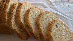 Questo pancarré con farina ai dieci cereali e lievito madre è ottimo da consumare a colazione con della buona marmellata, oppure tostato con i salumi. Morbido e soffice, dal sapore inconfondibile, ricco di fibre grazie alla presenza dei cereali.