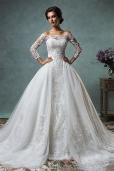 New Amelia Sposa Vintage Wedding Dresses Off Shoulder 3/4 Sleeves Lace Appliques Detachable Train Plus Size Bridal Gowns Cheap Custom Made